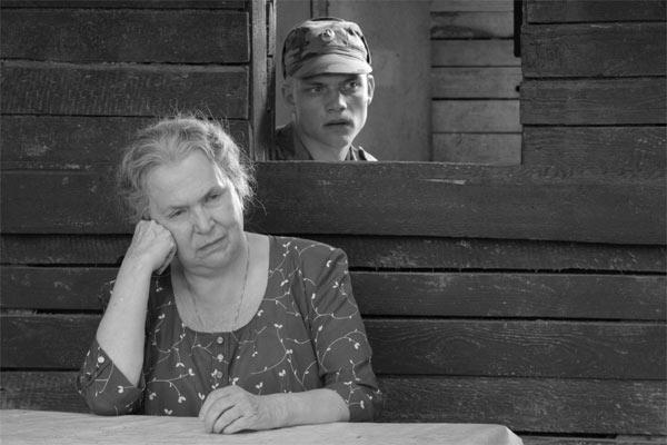 берут ли в армию, если мать — одиночка