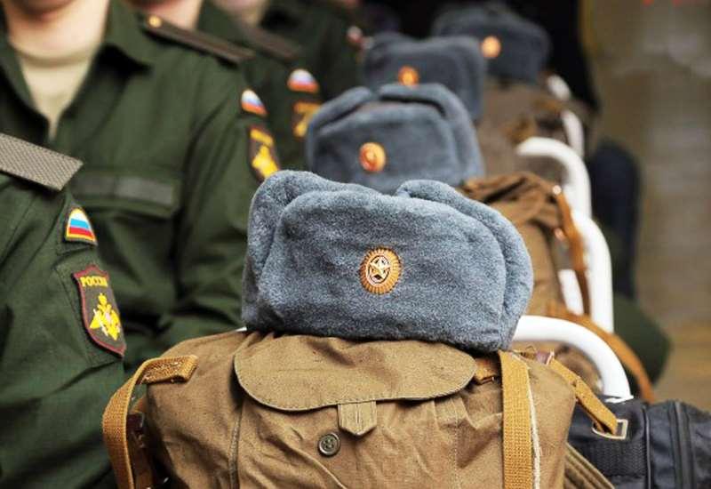 берут ли в армию без образования